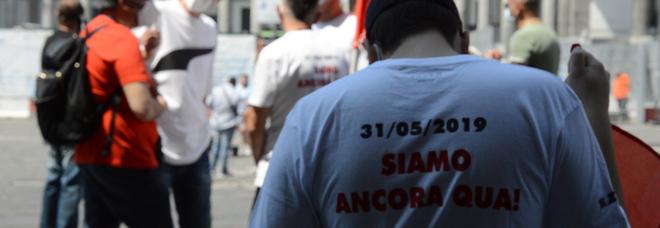 Napoli, i lavoratori Whirlpool tornano in piazza: consegnata lettera al prefetto