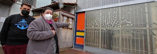 Figli in famiglia, assalto all'associazione premiata da Mattarella: rubato il cibo per i poveri di Napoli Est