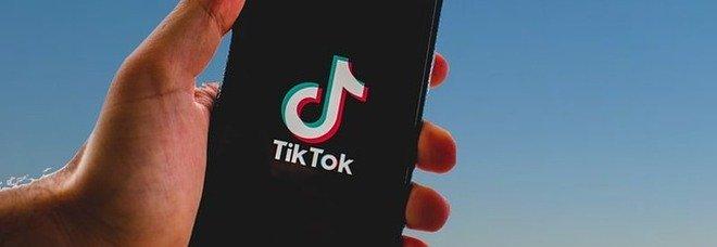 TikTok è l'app più scaricata al mondo. Facebook scende al 2° posto