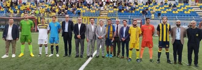 Juve Stabia, il club presenta ai tifosi il nuovo allenatore Walter Novellino