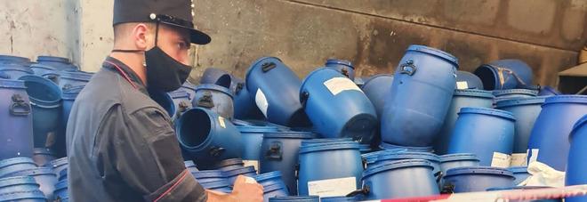 Buccino, sequestrati cumuli di rifiuti e il piazzale di deposito della ditta