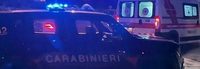 Schiamazzi nel palazzo, donna sta male: carabinieri le salvano la vita