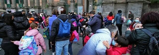Covid e scuole, didattica in presenza a singhiozzo in Campania: «Ma era giusto ripartire»