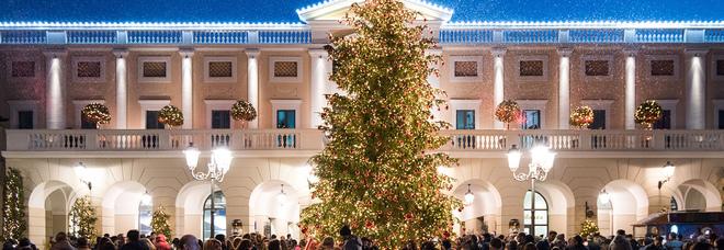 La magia del Natale illumina la Reggia Designer Outlet di Caserta ... 83c1dd40d22
