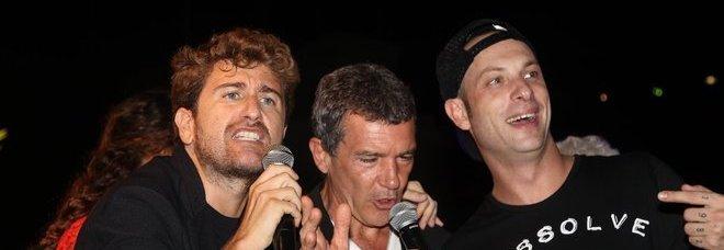 Siani: «Con De Sica porto a teatro il mio Principe abusivo»