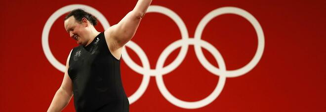 Hubbard, prima atleta transgender alle Olimpiadi: «Il Cio ha dimostrato che lo sport è inclusione»