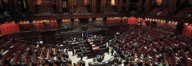 Sulla legge elettorale scontro tra senato e camera for Differenza tra camera e senato