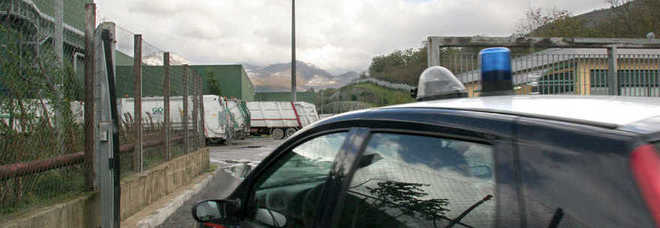 Nell 39 auto di tre rumeni un kit per svaligiare le case il for Tre kit di garage per auto