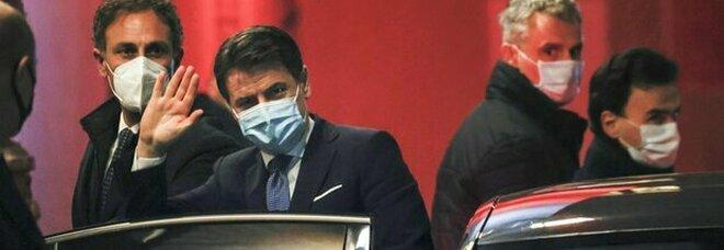 Crisi di governo, nel Pd si allarga il fronte di chi vuole tornare a trattare con Renzi