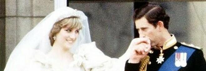 Lady Diana, la rivelazione sulla Regina Elisabetta e Filippo: «Genitori gelidi, a Carlo solo strette di mano»