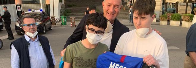 Napoli, la maglia di Messi al 13enne aggredito dai bulli