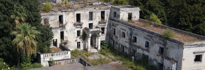 Napoli Est, l'antica Villa Tropeano in vendita: mai recuparata dal 2004