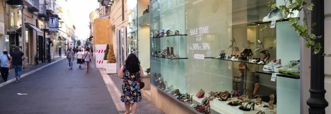 Le newsletter dell\'Outlet «affossano» i saldi a Caserta | Il Mattino