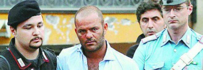 Camorra, arrestato il boss di Boscoreale: condannato all'ergastolo per l'omicidio dei fratelli Manzo