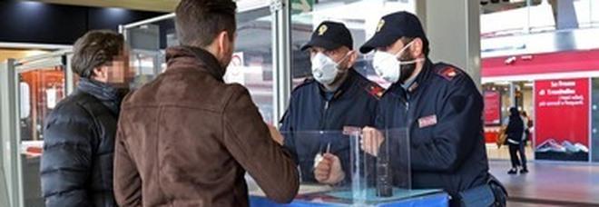 Controlli Polfer nelle stazioni della Campania. un arresto, quattro indagati e 2.159 identificati