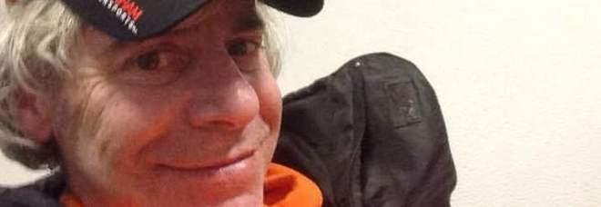 «Sono in questura, ora mi portano in galera»: pubblica sui social il selfie dell'arresto