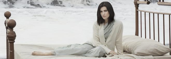Eboli- Laura Pausini, concerto rinviato