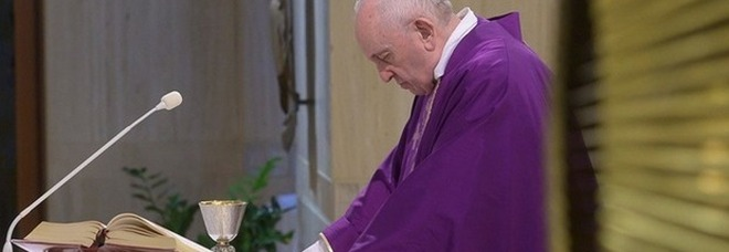 Papa Francesco: «Soffro di una nevrosi ansiosa, voler fare tutto e subito». Ecco cosa lo aiuta