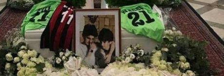 Messina, lacrime ai funerali dei fratellini morti nel rogo in casa