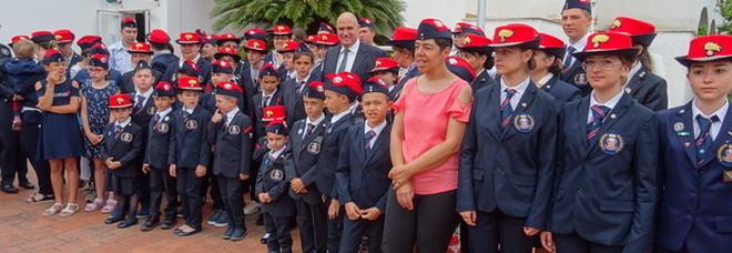 gli orfani dei Carabinieri caduti in servizio, in colonia marina a Ischia