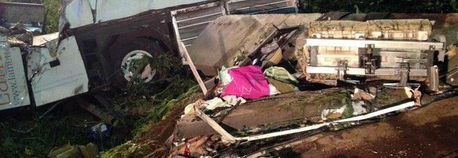 Strage del bus, 40 morti: via al processo d'appello