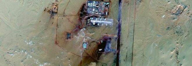 Scopre una base militare segreta nel deserto del Sahara con Google Maps: ecco di cosa potrebbe trattarsi