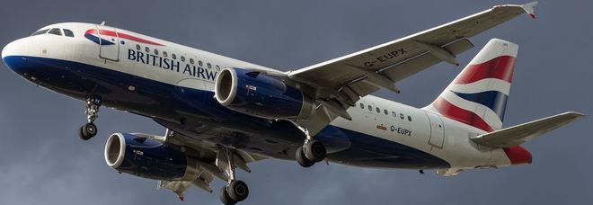 Atterraggio d'emergenza a Londra per un aereo British Airways proveniente da Napoli
