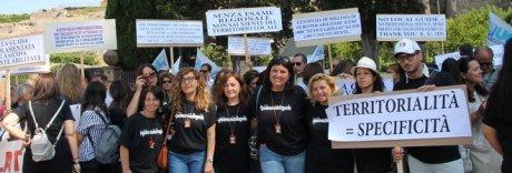 Pompei, duecento guide turistiche in protesta davanti agli Scavi
