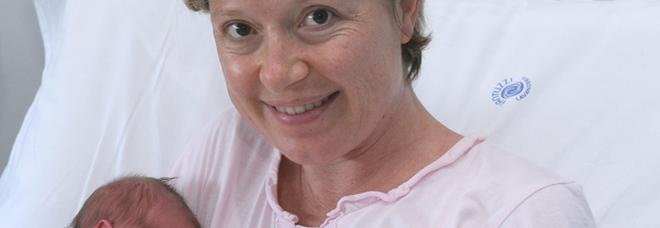 Milena, 4 figlie, ex assessore: muore a 47 anni dopo aver lottato contro un tumore