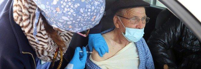 Covid a Caserta, solo 19mila adesioni: così l'immunità di gregge è in pericolo