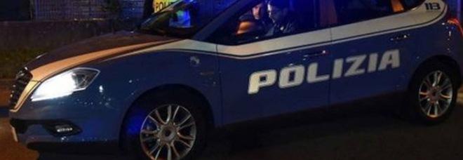 Milano, rave interrotto dalla Polizia: 32 denunciati. Al party c'era anche un minorenne