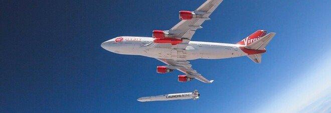Virgin Orbit lancia con un jumbo jet un razzo portasatelliti: un altro successo in orbita per Richard Branson