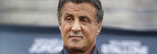 Sylvester Stallone indagato per aggressione sessuale: lo accusa un'ex amante degli anni '80