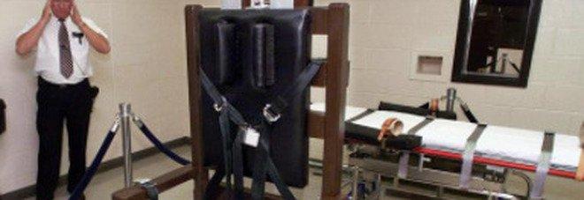 Usa, i condannati potranno scegliere fucilazione o sedia elettrica per morire: la legge choc in Carolina