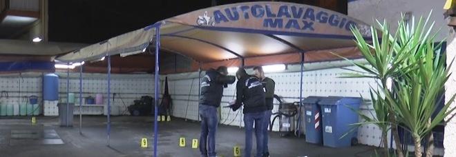 Napoli, agguato nell'autolavaggio: fermati quattro uomini del clan