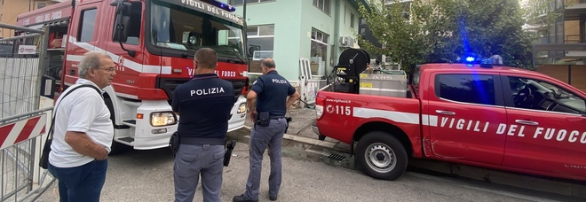 Ustionato mentre ripara lo scooter nel garage-officina: grave 32enne