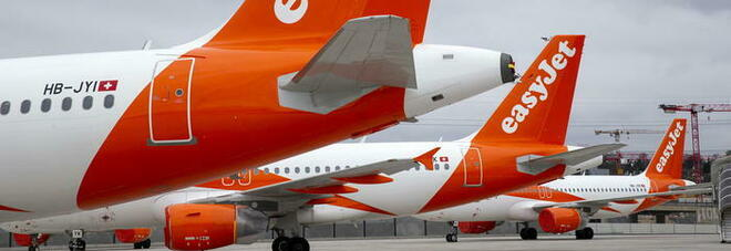 Easyjet, impatto Covid: tagliato un quarto della flotta in Italia, 1.500 dipendenti in cassa integrazione