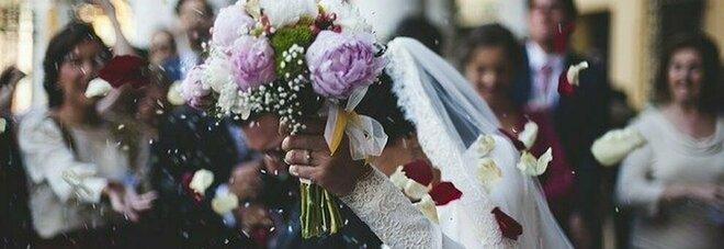 Matrimoni, ok dal 15 giugno ai banchetti: ecco tutte le regole, con la novità Covid manager