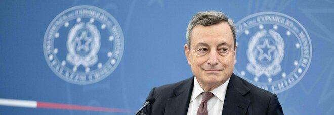 Draghi: «L'appello a non vaccinarsi è un invito a morire»