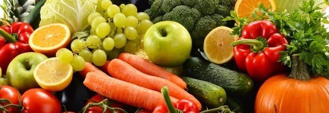 Fertilità maschile, mangiare 300 grammi di frutta e verdura migliora la vitalità degli spermatozoi