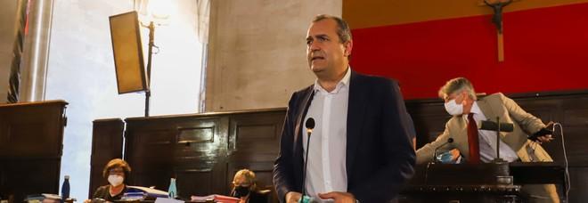 Sfiducia al sindaco di Napoli, nuovo flop. E ora De Magistris punta a candidarsi alle Regionali