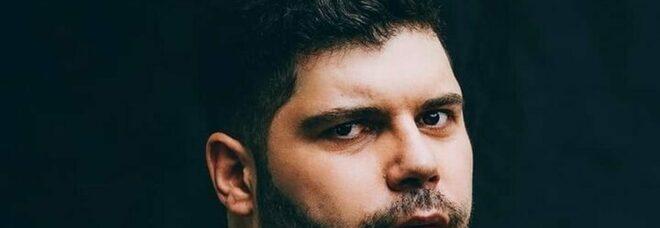 Salvatore Esposito scrittore di romanzi: «Io, un po' investigatore e un po' sciamano»