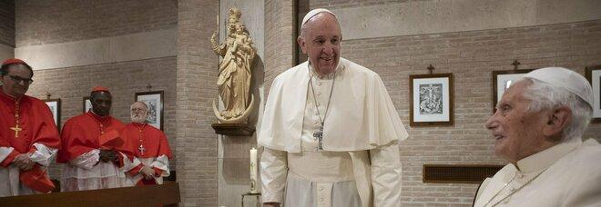 Il cardinale Pell apre il dibattito, la figura del Papa Emerito è da rivedere