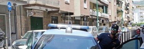 Raid in un pub a Napoli, feriti i due gestori del locale