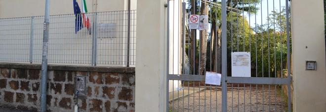Scuole chiuse per i casi di Covid tra gli alunni