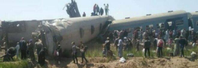 Egitto, scontro frontale tra due treni, tre vagoni deragliati: almeno 50 passeggeri feriti