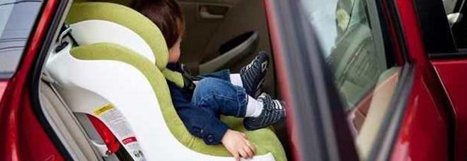 «Sensori anti-abbandono su seggiolini auto presto obbligatori»