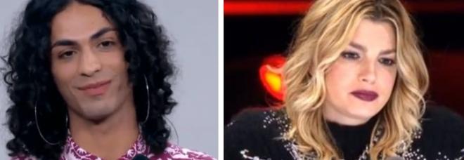 X Factor, eliminato Blue Phelix. Ira di Emma: «L'Italia non è pronta». Fuori anche Vergo, tornato Cattelan