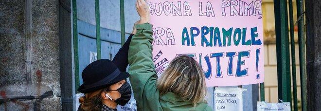 Riapertura scuole in Campania, il Tar ordina: medie e superiori in classe entro la fine di gennaio