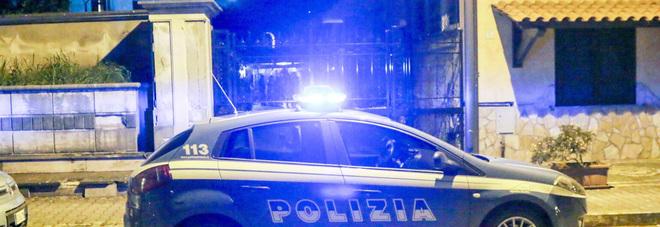 polizia amorosi rapina